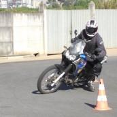 Moto Sem ABS? Como, então, devemos frear com segurança?