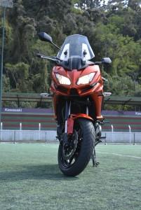 Característica Kawasaki: designer esportivo e agressivo