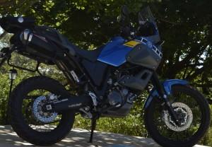 Não é uma moto luxuosa, mas sim bruta,e forte