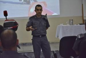 Capitão Eurico. PM de Jaú-SP. Início da Palestra na SIPAT
